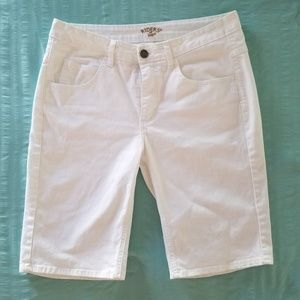Riders by Lee white denim shorts